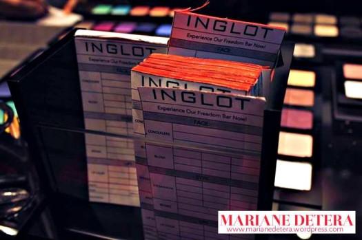 Inglot 19